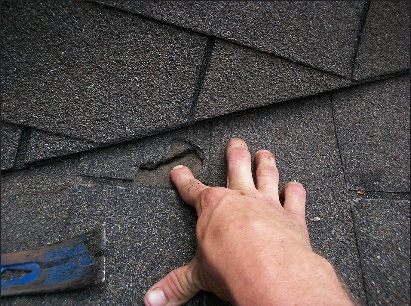 professional roofing contractor in Dracut MA